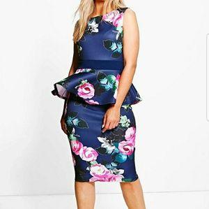 Dresses & Skirts - Floral navy PEPLUM dress